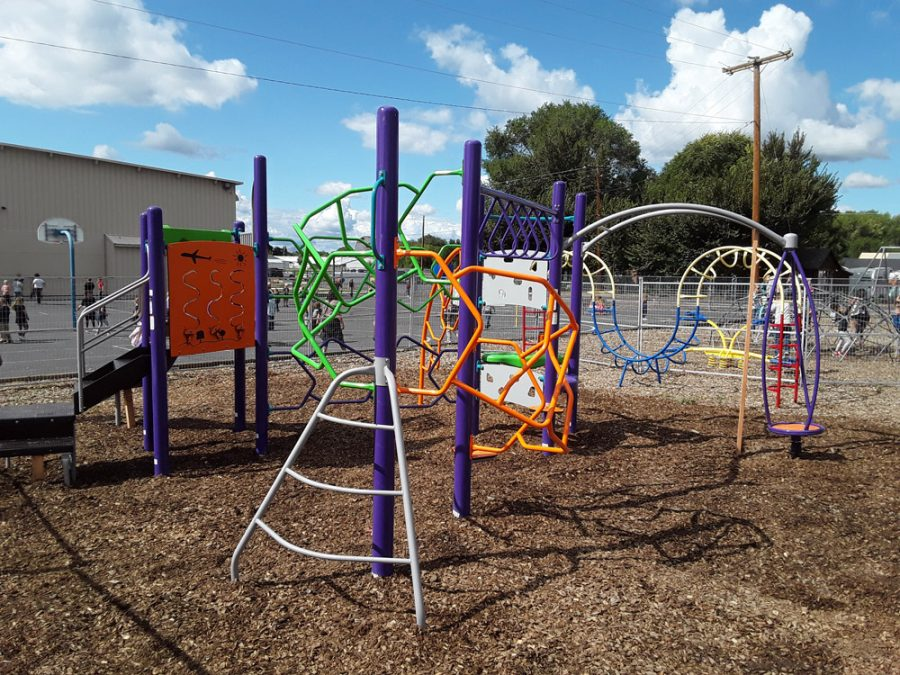 Crooked River Playground built by Griffin Construction